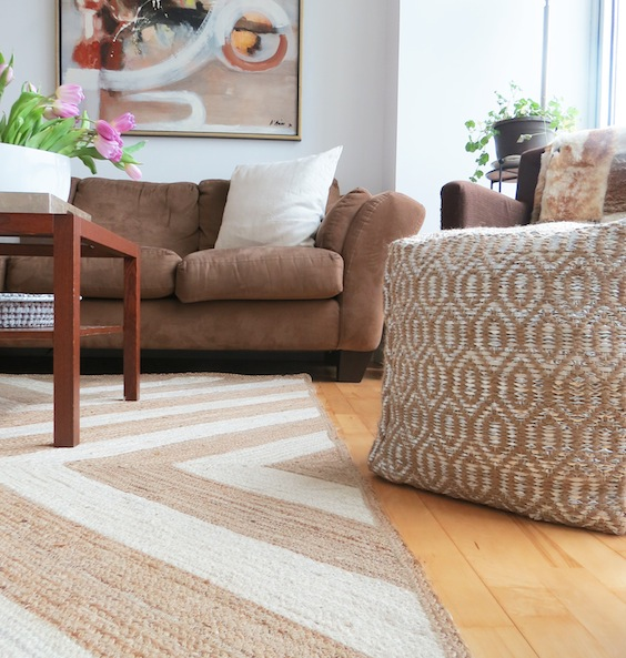 stiped rug