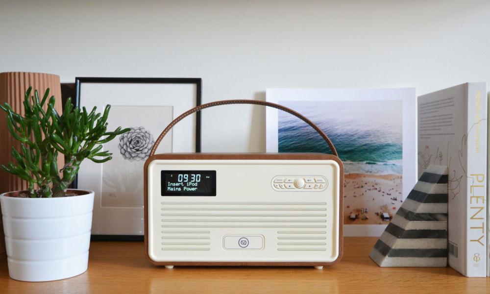 Retro Radio   Modern Life