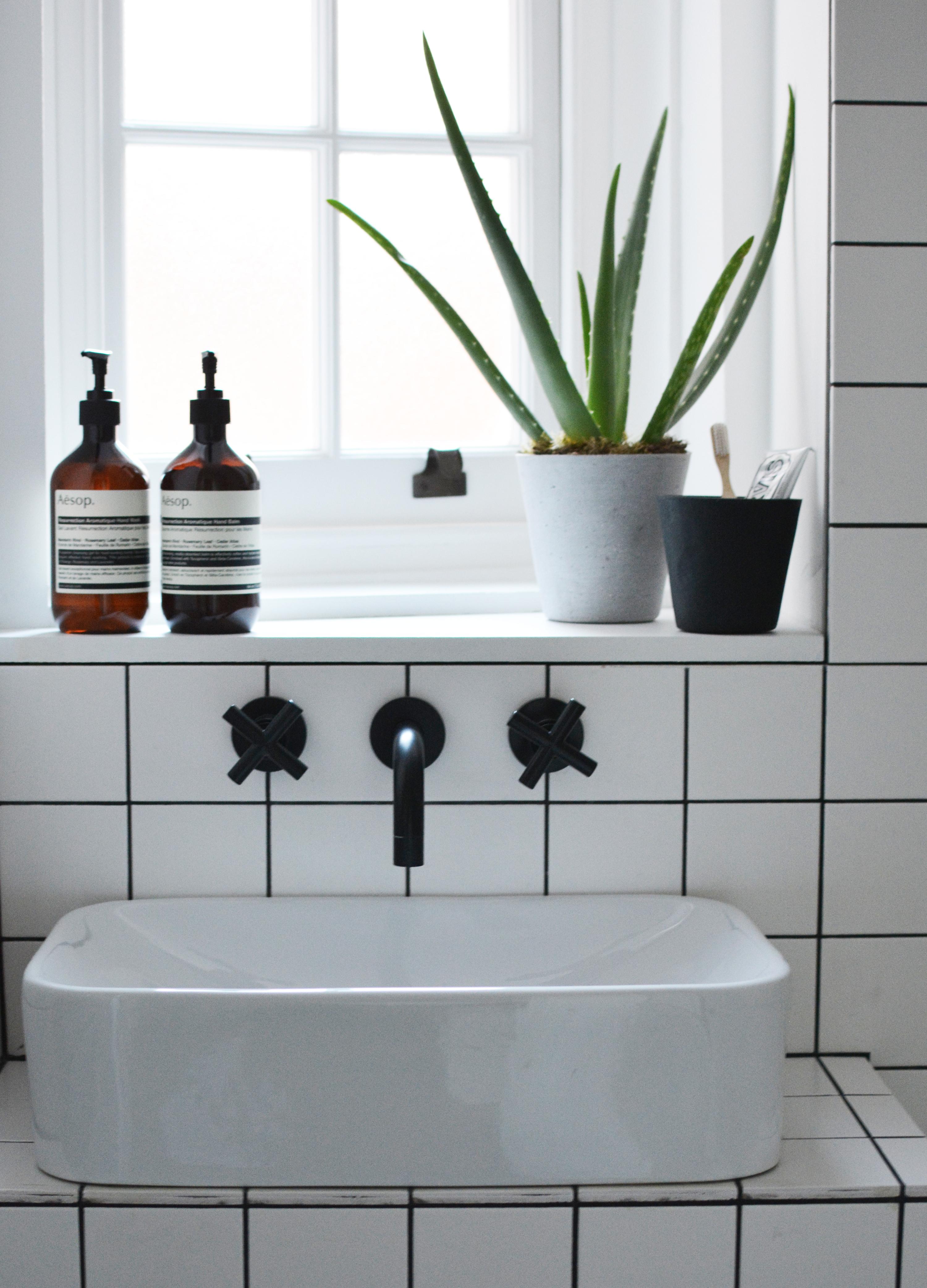 bathroom-grid