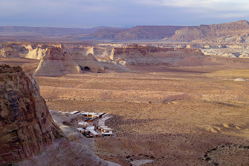 amangiri_aerial_valley_view_from_mesa_2_office_3241
