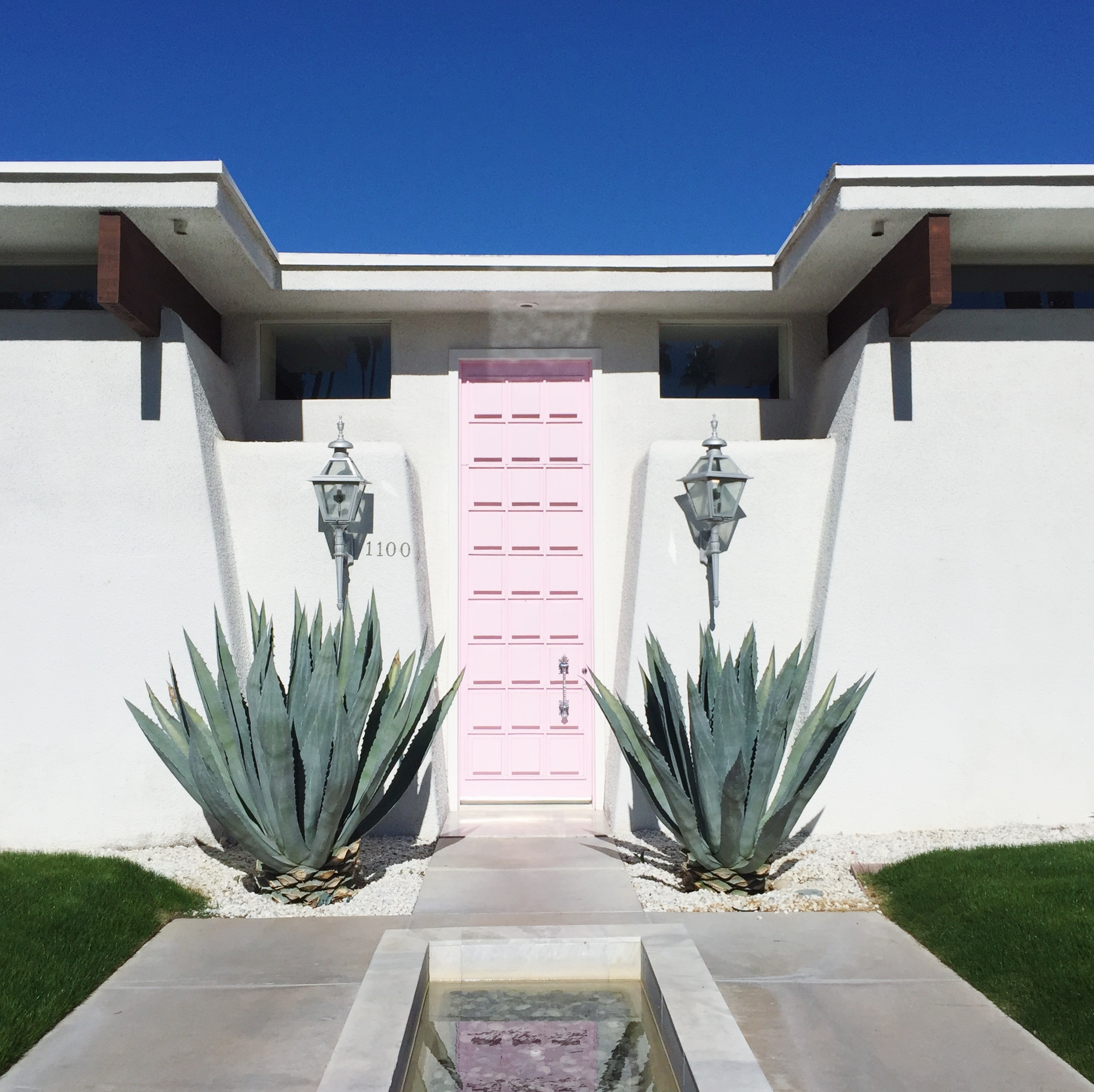 That Pink Door Palm Springs