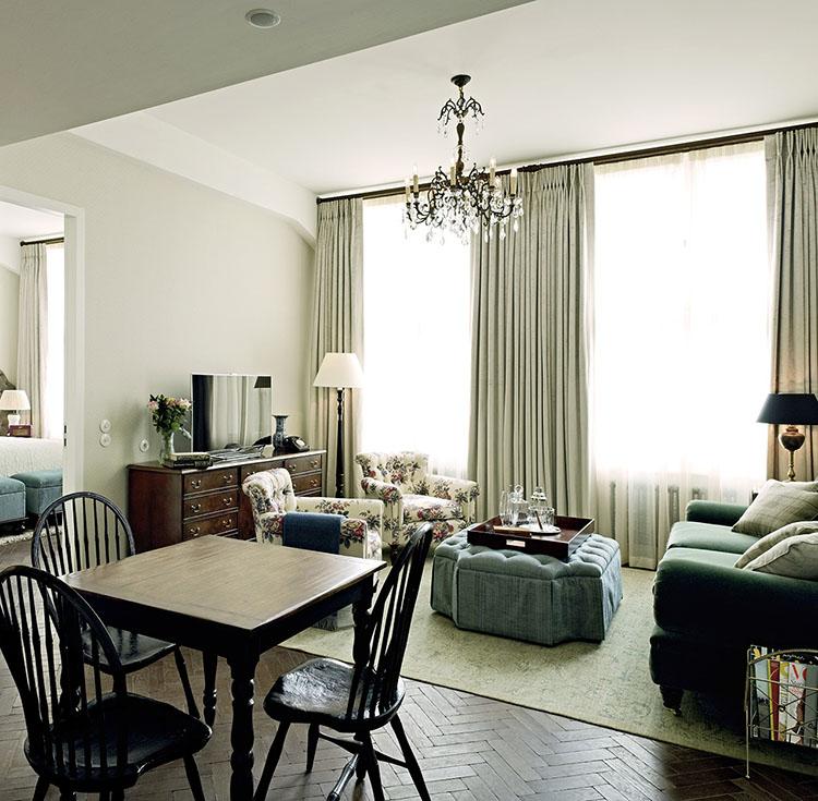 granny chic interior design